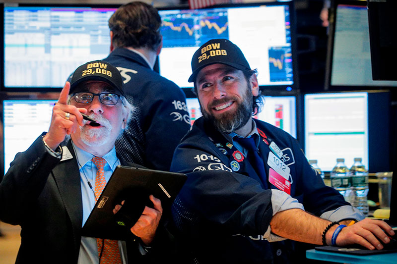 Bolsa de Valores NYSE, quando índice DOW JONES atingiu os 29,000 pontos