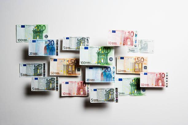 Como investir 1.000 euros